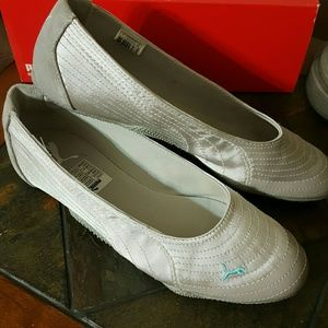 Shoes/Puma Flats / NWOT/ TODAY ONLY